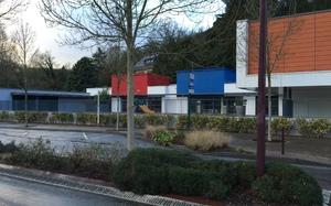 Reconstruction de 3 classes maternelles école de Villers-Ecalles
